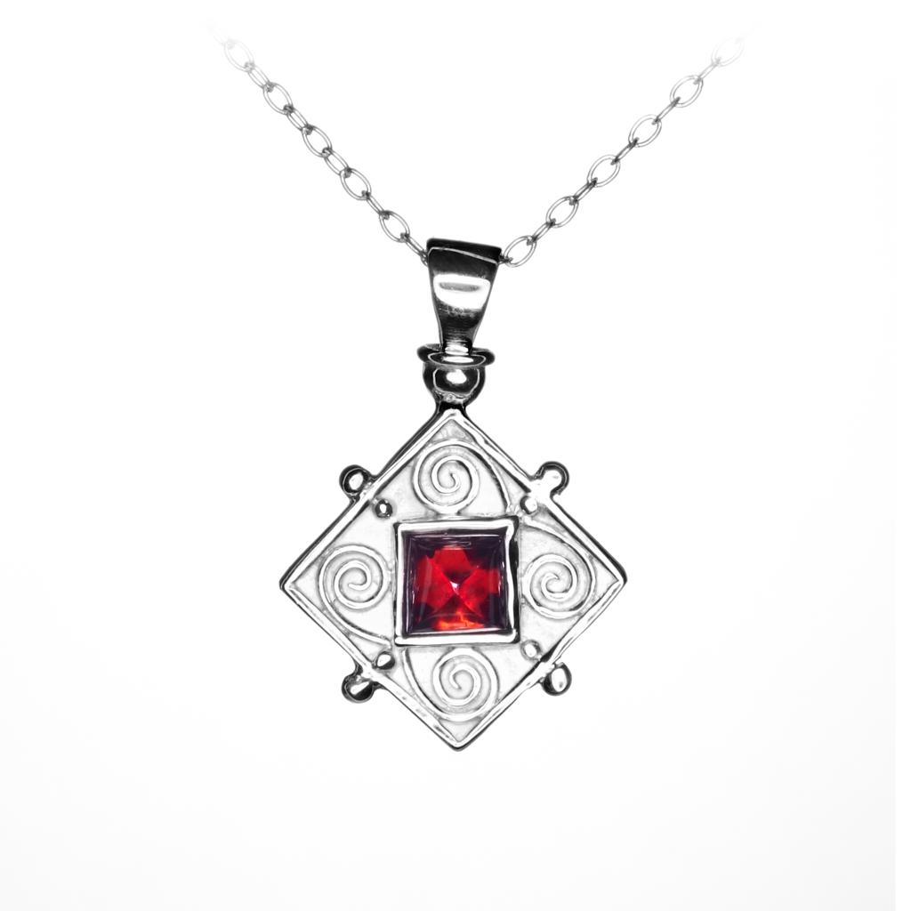 Silver Garnet Pendant.